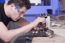 Handwerkliche Modellentwicklung und CNC-kopierte Bearbeitung erzielen die optimale seitengleiche Passgenauigkeit